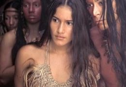 Q'Orianka Kilcher (links vorn): The New World  2005.... Ent.