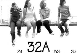 32A - Kinoposter