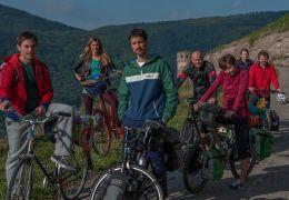 Hin und Weg - Beste Freunde: Volker Bruch, Miriam...n.r.)